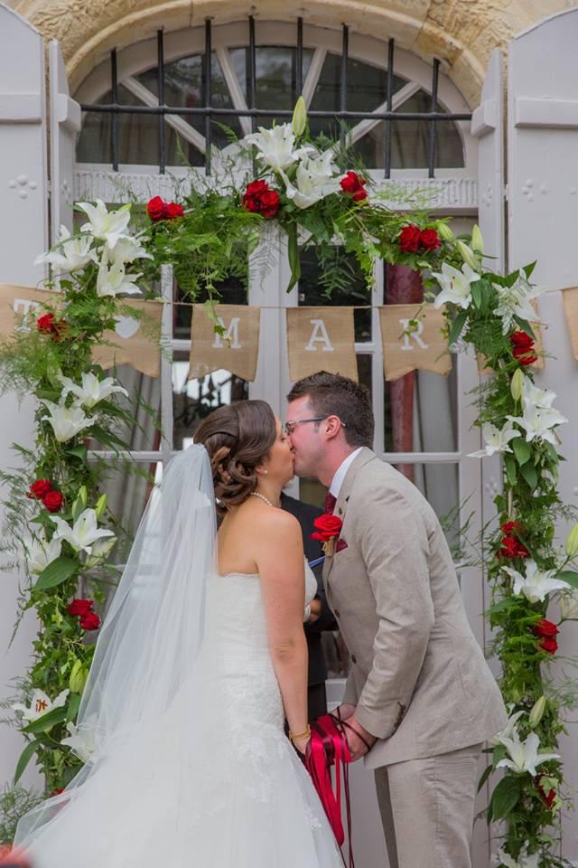 Coiffure mariée et demoiselle d'honneur à domicile en Gironde